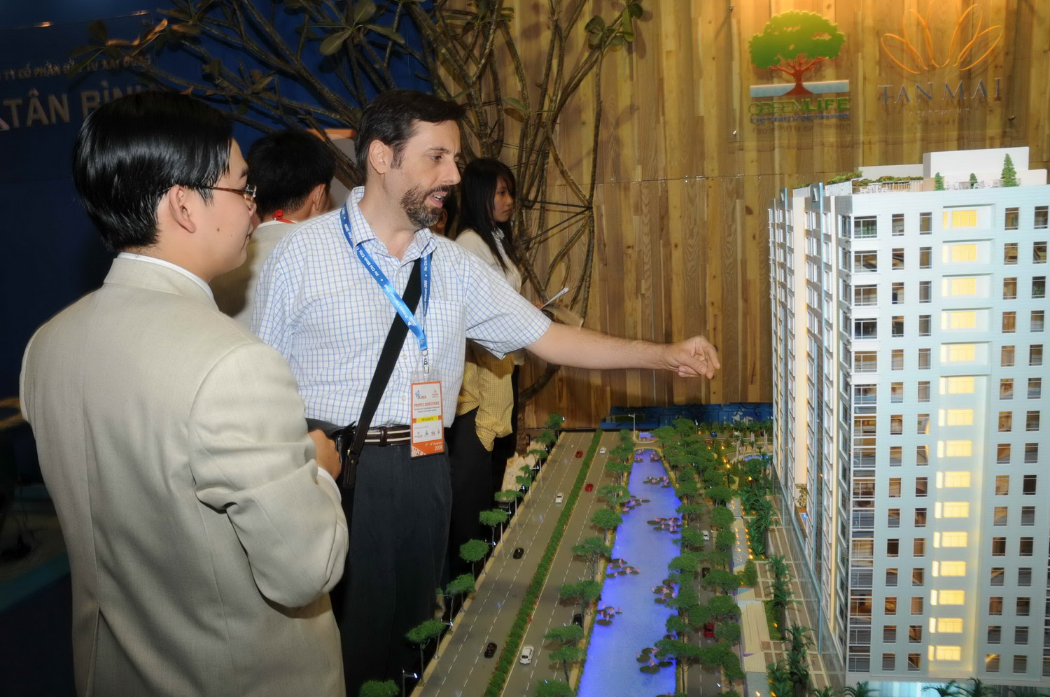 Foreigners to buy houses in Vietnam